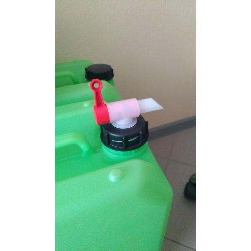 Сливной кран для канистр с техническим моющим средством